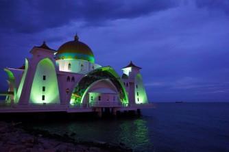 Melaka Straits Mosque, Melaka, Malaysia